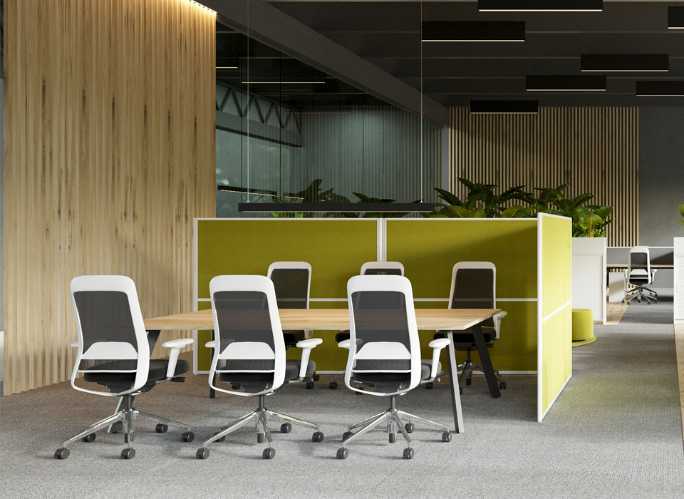 ezetek screens in a meeting area
